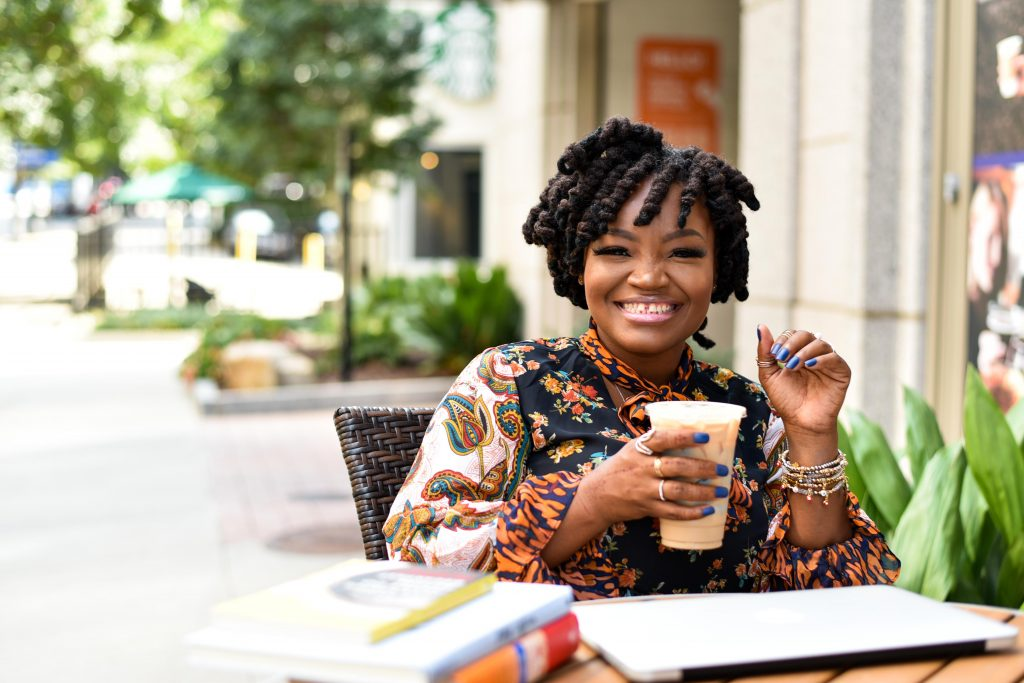 Amazing Black Female Bloggers You Should Be Following